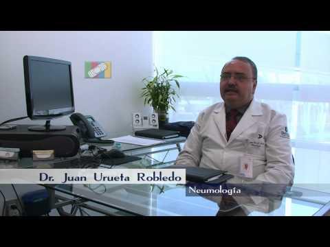 ¿Qué síntomas se presentan con la neumonía?