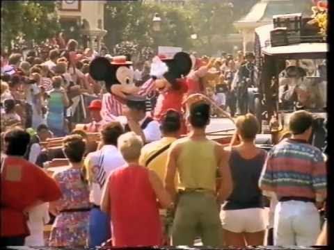 Disneyland Paris - La videoguida ufficiale 1 di 2