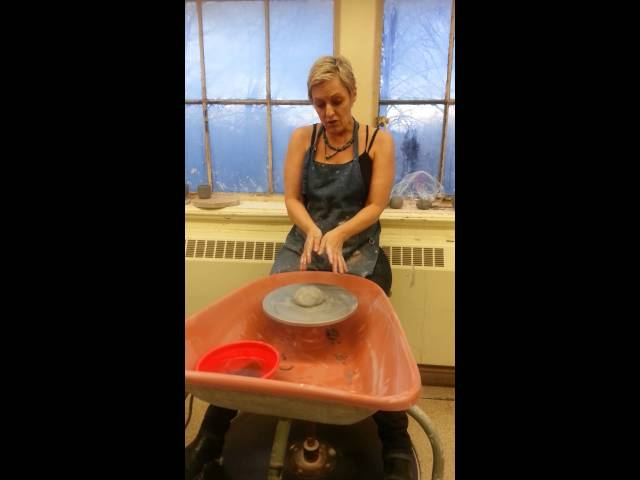 Centering, Coning and Pulling  - Learning Pottery With Kate 1/5