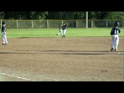 9 year old Jayden makes an unbelievable baseball catch