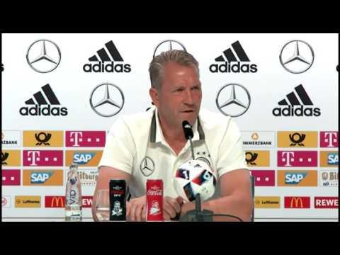 DFB Pressekonferenz: Andreas  Köpke, Mario Gomez & Mats Hummels 29/06/16