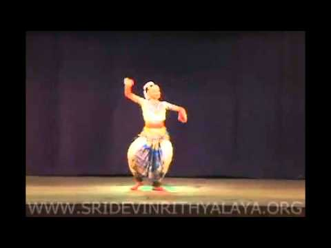 Lengthy Video Of Kerala Classical Dance Awesome video