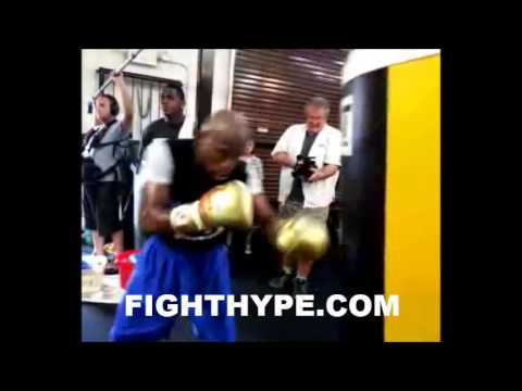 FLOYD MAYWEATHER WORKS THE HEAVYBAG IN PREPARATION FOR CANELO Image 1