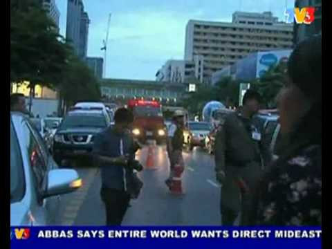 One Dead, 10 Wounded In Big C Bus Stop Bombing @ Bangkok (Nightline 26/7/10)