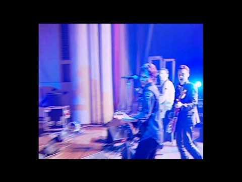 Мумий Тролль - С Новым Годом, Крошка! (Live @ ДК Горбунова 1998)