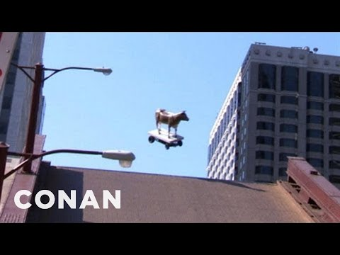 State Street Bridge Jumps: Picasso Statue, Mrs. O'Leary's Cow - CONAN on TBS
