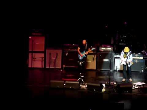 Jimi Hendrix Experience 2010 - Joe Satriani Brad Whitford Red House