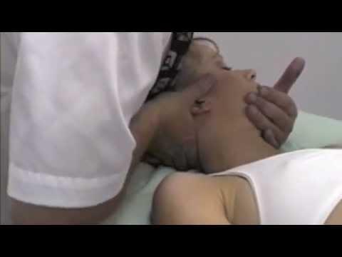 Danni sotto orli a destra più vicino a un dorso