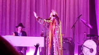 Download Lagu Lauren Daigle This Girl 10/5/18 - Rosemont Theatre Gratis STAFABAND