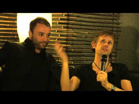 Zane Lowe hangs out Backstage with Muse I BRITs 2013