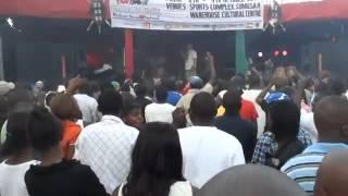 Lucius Banda & Milli Maximal - Start again (LIVE @ Malawi Blantyre Arts Festival 2011)