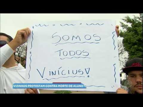 Moradores protestam contra morte de estudante em São Bernardo do Campo
