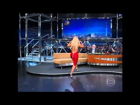 LOIRA RUSSA CAVALA E SIMPATICA DANÇANDO NO PROGRAMA DO JÔ Music Videos