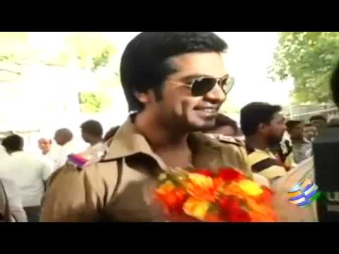 simbu shooting at disney land for Poda Podi