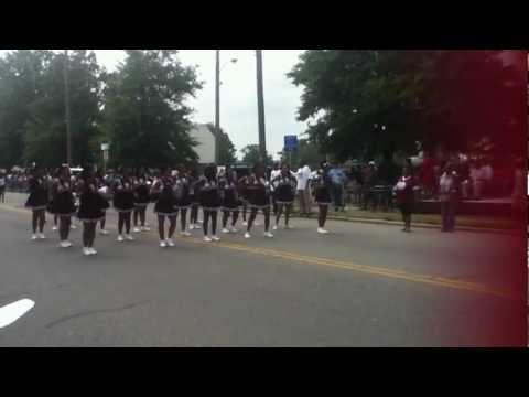 the heritage high school cheerleaders 2012