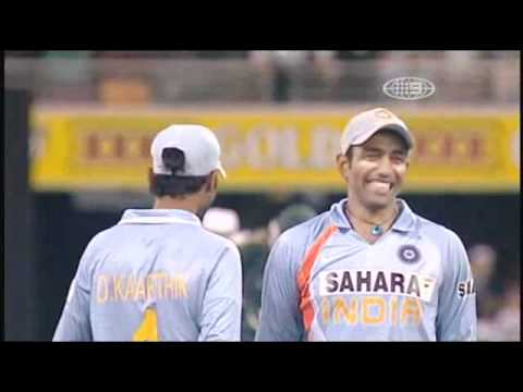 Funny Cricket Wonders And Blunders, (part 8 , Painful Moments) video