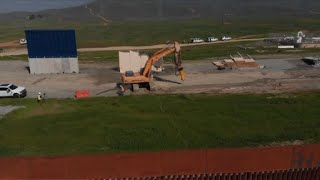 EEUU destruye prototipos de muro en frontera con México