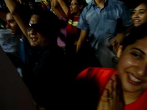 RR Fans Celebrate on Halla Bol