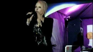 2012.12.30 【 Taiwan Happy Town 】Emma Hewitt - Colours