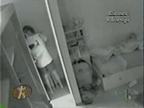 Raul y Maria Ines el beso