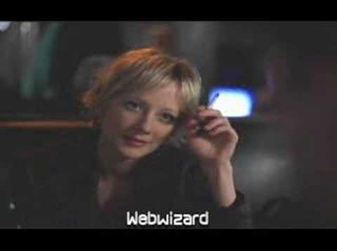 Anne Heche Smoking