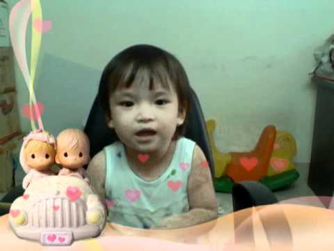 Album Be Tina 32 Thang Chau Yeu Ba video
