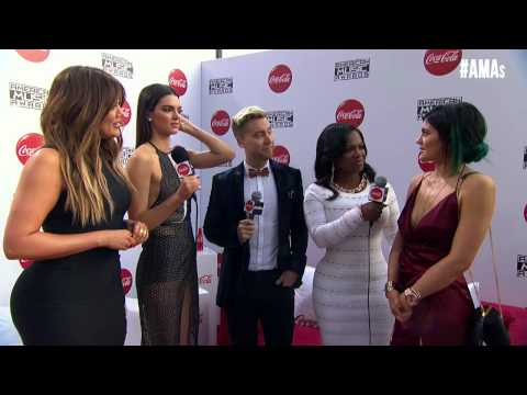 Khloe, Kendall, & Kylie Red Carpet Interview - AMAs 2014