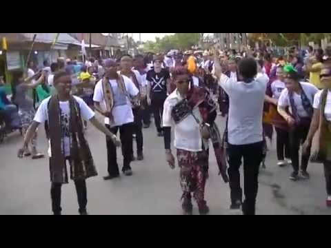 ROKATENDA bae sonde bae,FLOBAMORA - festival moyo 2014 sumbawa