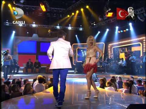 Hande Yener & Sinan Akçıl - ATMA  Beyaz Show