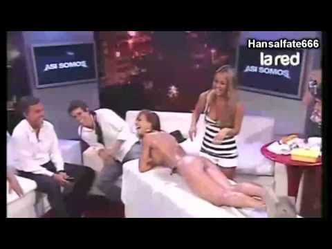 Así Somos: Salfate muerde a Jessica Alonso