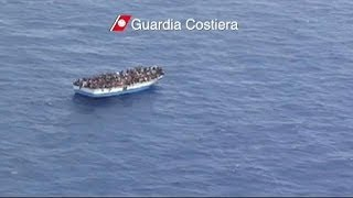 Italy minister steps up pressure on EU over African migrants
