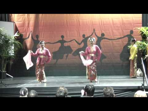 Tourism Board of Malaysia @ 2013 Los Angeles Travel Show (pt. 1)