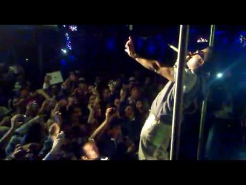 De La Ghetto - Camuflaje Remix (Live @ Milano 15/12/2012)