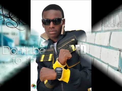 Yaw Siki- Dont Give Up video