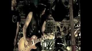 Slash - By The Sword feat Andrew Stockdale