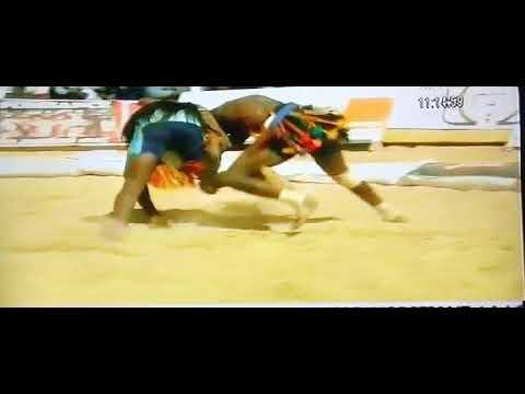 Demi-finale 1/2 de la Lutte traditionnelle du Niger.  Zinder 2017-2018 thumbnail