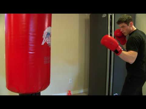 Kickboxing Basic Bag Drill for Conditioning Image 1