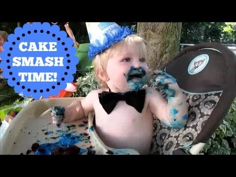 Cayden's Cake Smash!