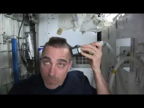 Close Shave for Astronaut Chris Cassidy