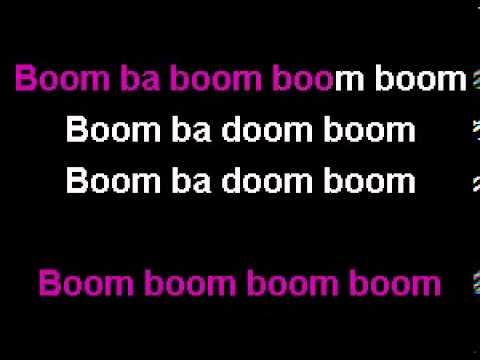 Nicki Minaj - Super Bass Karaoke video