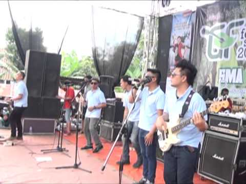 HARI YG INDAH MENANTI  (souljah konser pekalongan)