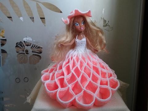 Платье вязаное для куклы своими руками очень легкий способ 17