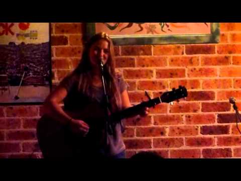 Zoe Elliot - Liza @ LIve 'n' Lounging Leumeah 4.8.12