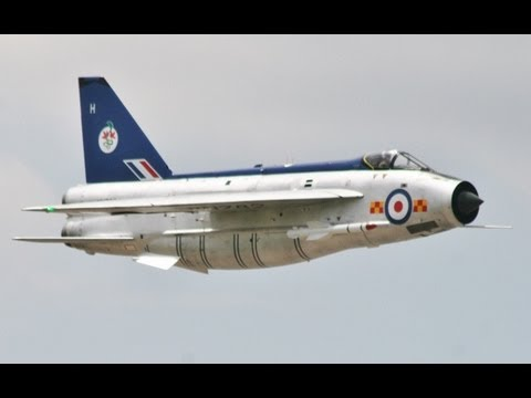 GIANT 1/5 SCALE RC ENGLISH ELECTRIC LIGHTNING F2A ALI MACHINCHY WINGS & WHEELS MODEL AIRSHOW 2013