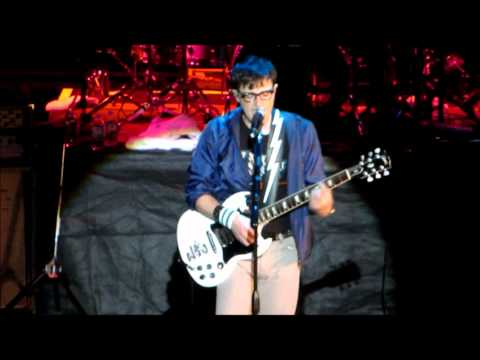 Weezer - Tragic Girl