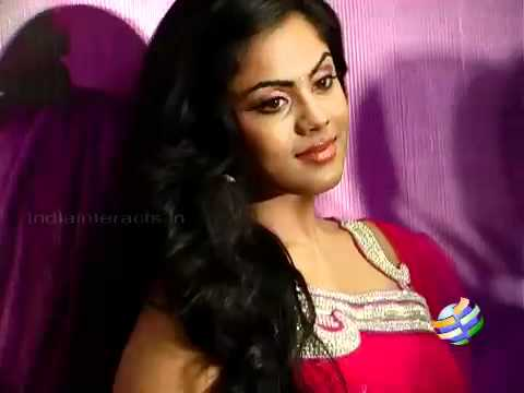 Karthika wants to act with Simbu