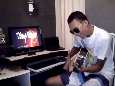 Thiago Est�cio - M�quina do Tempo ( OFICIAL)