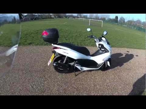 HONDA PCX 125 REVIEW - THE FULL LOW DOWN