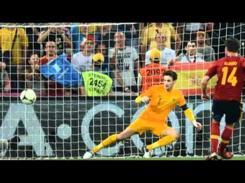 GOOOL FINAL EURO 2012 SPAIN 1 0 ITALY GOL DAVID SILVA   YouTube