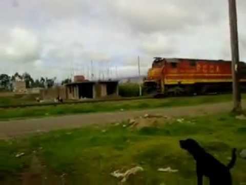 La 1010 corre hacia Huancayo un sábado 04 de febrero de 2012.